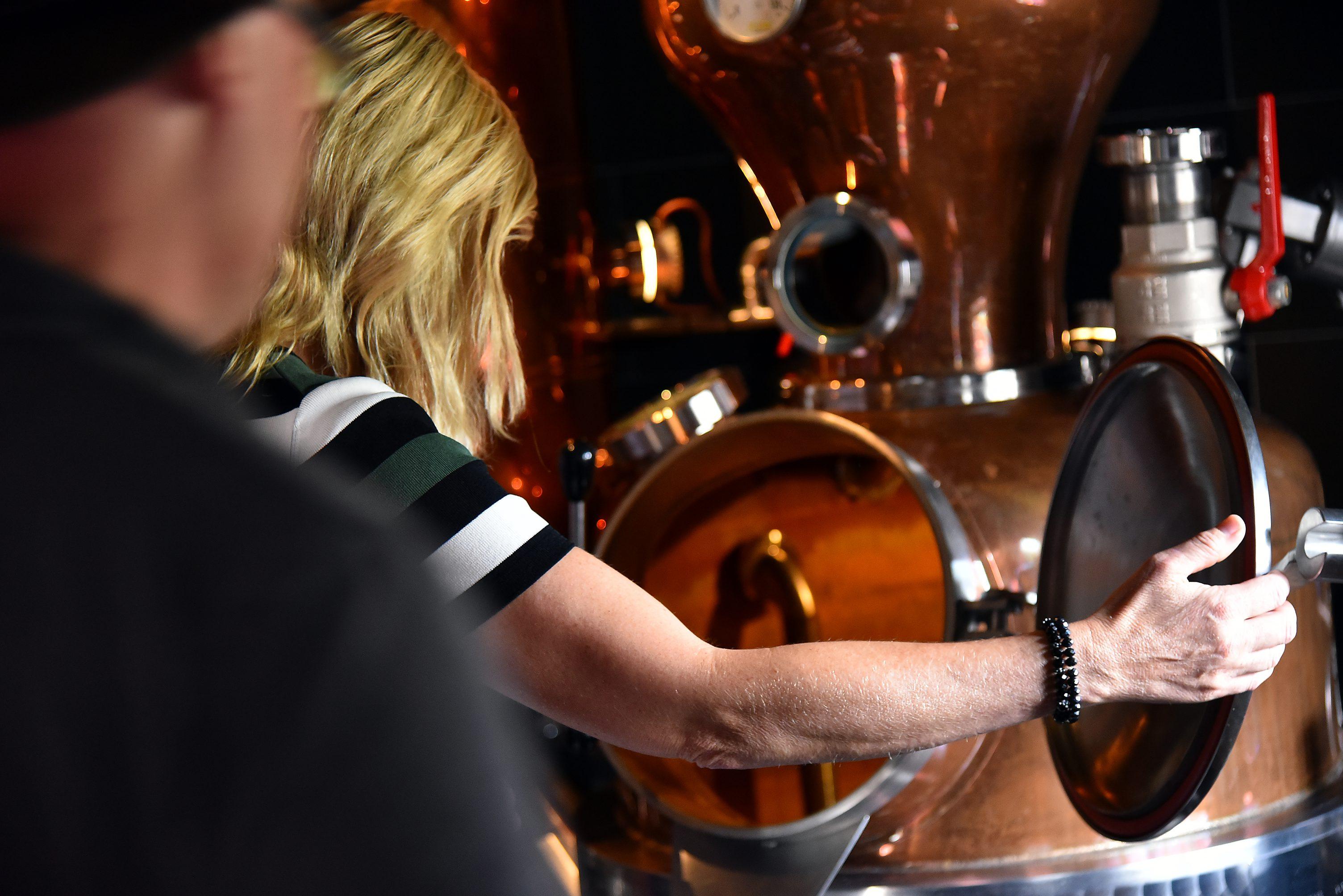 Distilleerderij de Bronckhorst Proeflokaal Proeverij Rondleiding contact