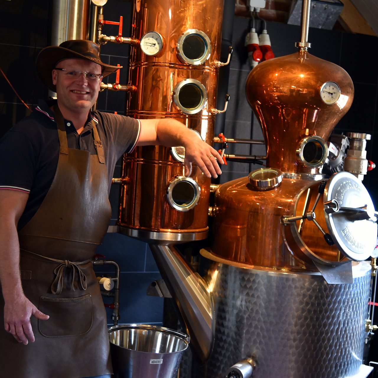 Distilleerderij de Bronckhorst Meester Distillateur Erik Legters Distilleerketel