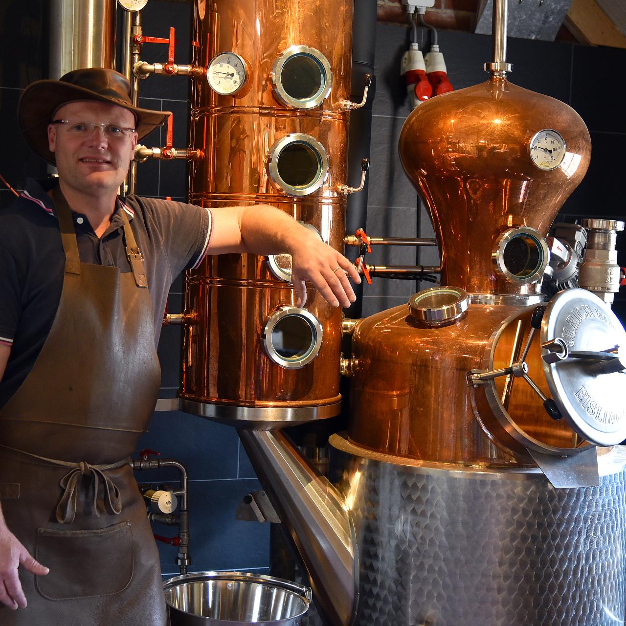 https://www.distilleerderijdebronckhorst.nl/wp-content/uploads/2020/06/ErikLegters.jpg