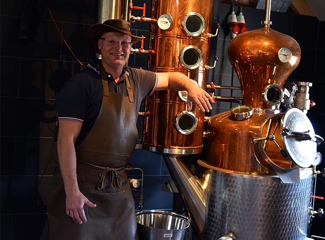https://www.distilleerderijdebronckhorst.nl/wp-content/uploads/2020/07/distilleerderij.jpg